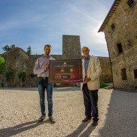 Astronomitaly consegna la Certificazione al Castello di Petroia