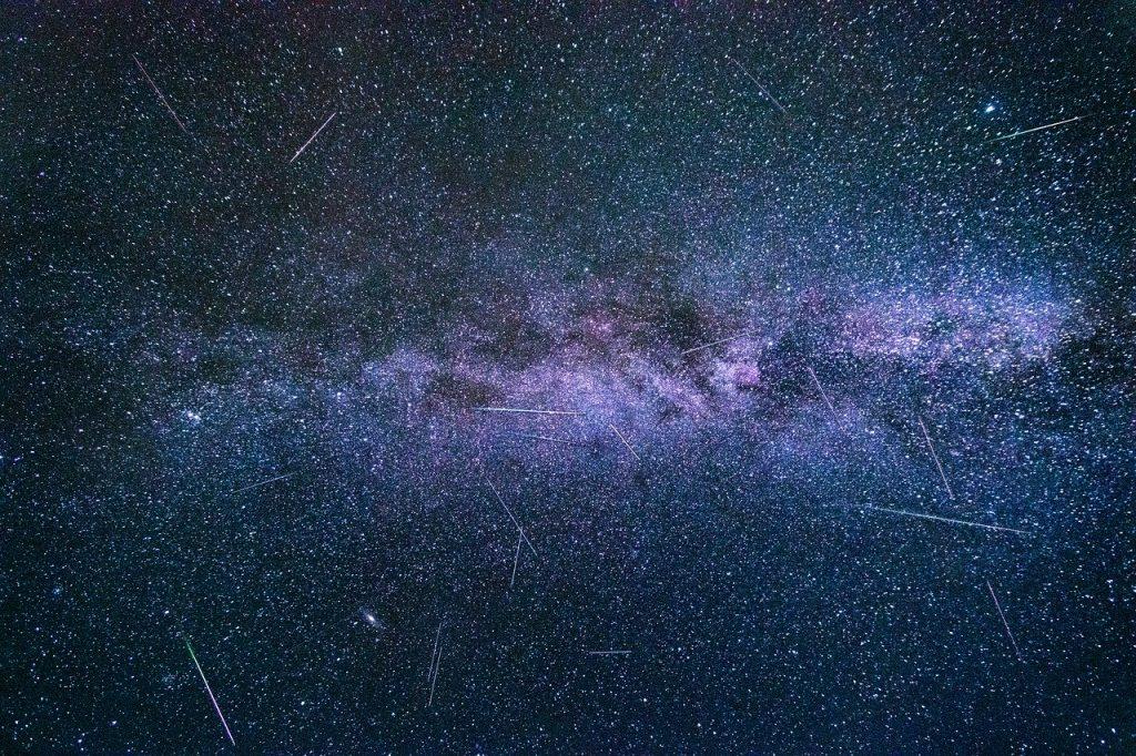 cielo dicembre stelle cadenti