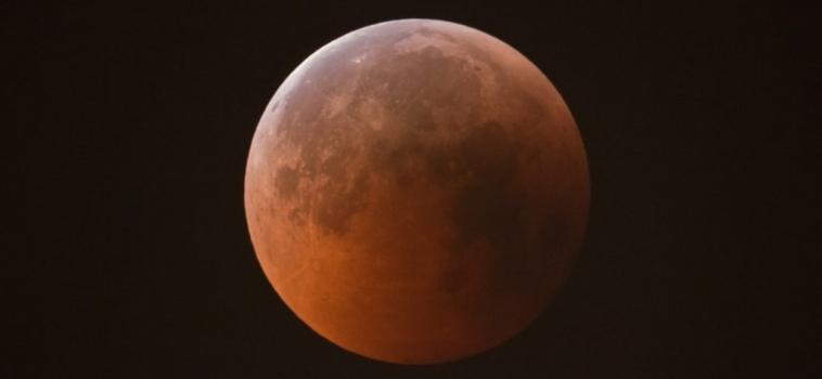 Eclissi di Luna 21 Gennaio 2019, spettacolare evento astronomico atteso in nottata