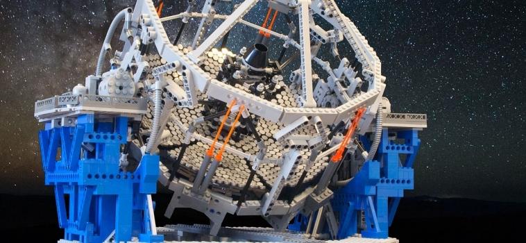 Costruisci il telescopio più grande del mondo…fatto di LEGO!