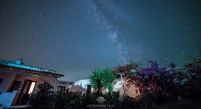 Casa-Morgana-Vacanze-Carloforte-Isola-San-Pietro-Italia-osservare-le-stelle-Sardegna-cagliari-Cieli-piu-belli-italia-Astronomitaly-astroturismo-astrotourism (24)