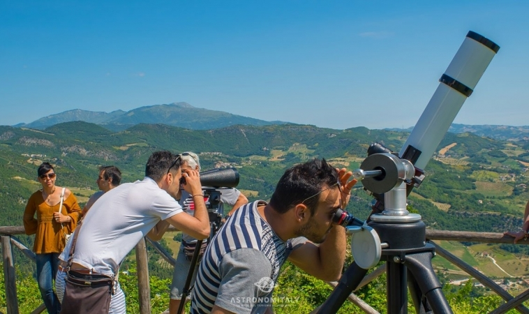 """Weekend di Stelle in Abruzzo sul Gran Sasso: estate di emozioni sotto """"I Cieli Più Belli D'Italia"""""""
