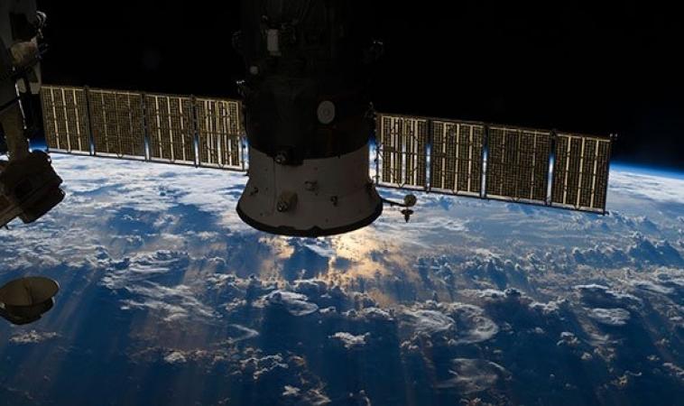 Guarda in diretta video HD la Terra dallo Spazio